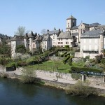 Visit Argentat in the Valley of the Dordogne